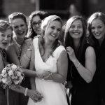 Als Brautkutsche eine Barkasse ins Glück